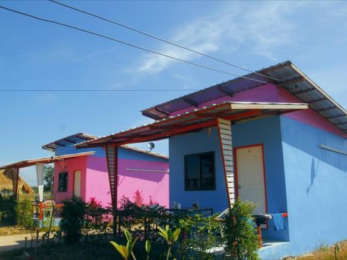 บ้านทุ่งเคียงบึง, Bung Khong Long