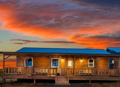 GRAND CANYON WEST RIM - HUALAPAI RANCH CABIN, Mohave
