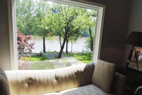 River's Edge Retreat on the Deep Water Potomac, Jefferson