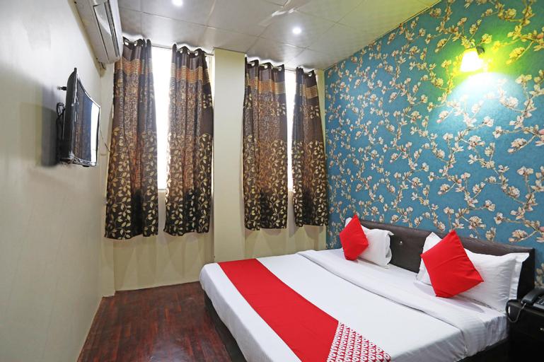 OYO 42070 Hotel Platinum Inn, Faridabad