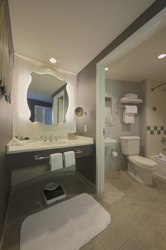 Universal's Hard Rock Hotel®, Orange