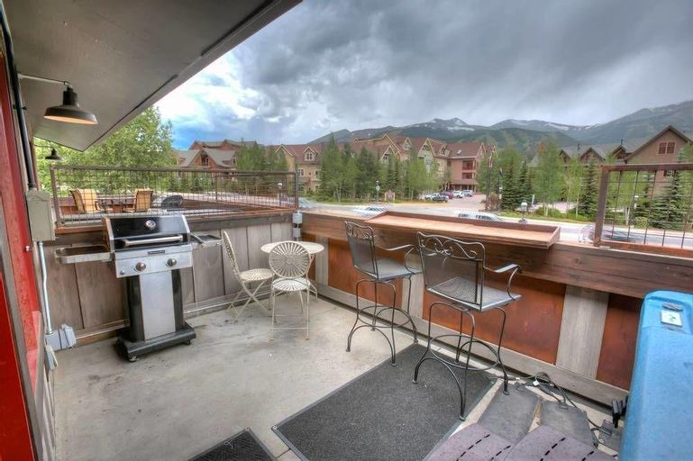 Ridge St. Lookout - Step Into the Heart of Breck!, Summit