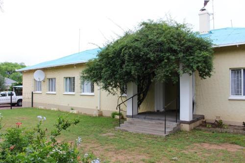 Ailsa Cottage, Chris Hani