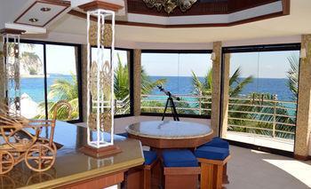 Summer Breeze Terrace Inn And Resort, Alcoy