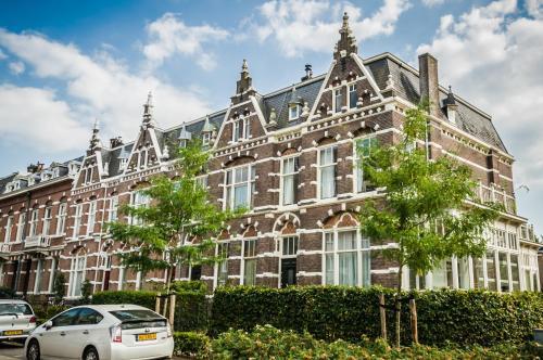 J&J, Nijmegen