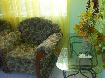 Bayville Holiday Apartment,
