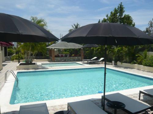 Bed And Breakfast In Luxury Villa With 2 Pools, Baní