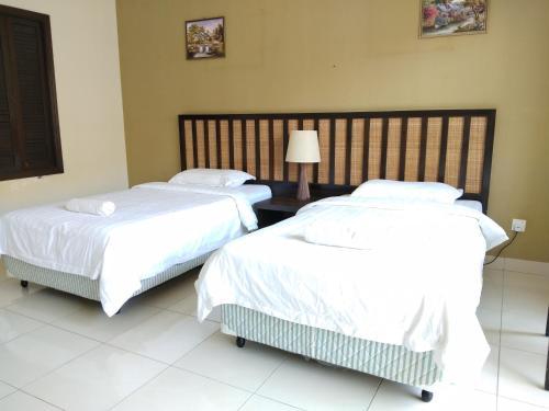 Deluxe twins room, Kuala Langat