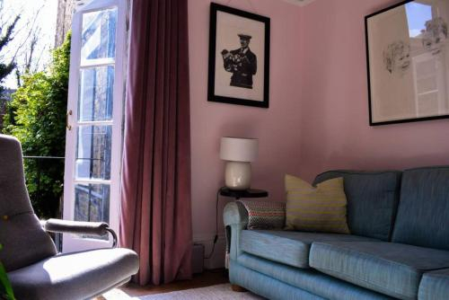 Charming 3 Bedroom Victorian Home in London, London