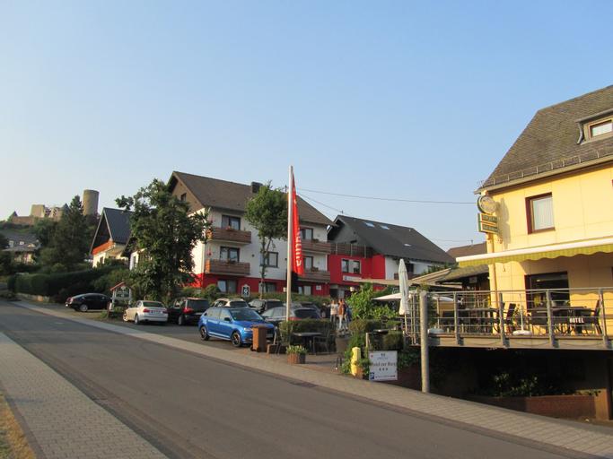 Land-gut-Hotel zur Burg Nürburg/ring, Ahrweiler