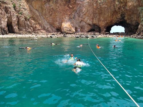 อุ่นไอทะเล รีสอร์ท, Bang Saphan Noi