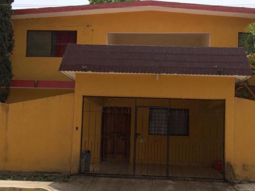 Casa naranjos, Ciudad del Maíz