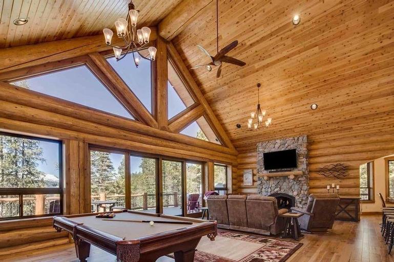 Luxury Mountain Retreat - Hot Tub & Stunning Views, Summit