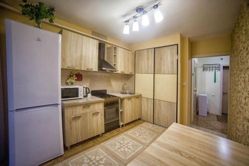 Уютные апартаменты рядом с парком и спортивно-развлекательным комплексом, Smolenskiy rayon