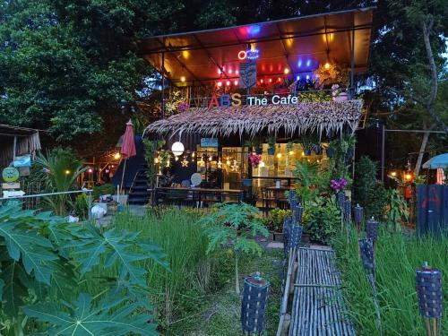 Do Dee Cafe Bangkok & Garden, Phasi Charoen