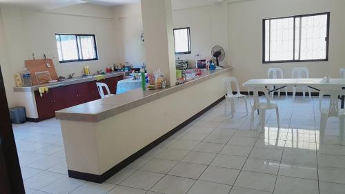 Hanbi center 2, Taytay