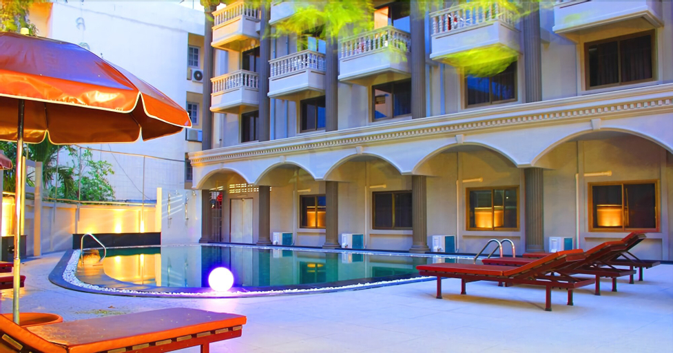 Honey Lodge, Pattaya