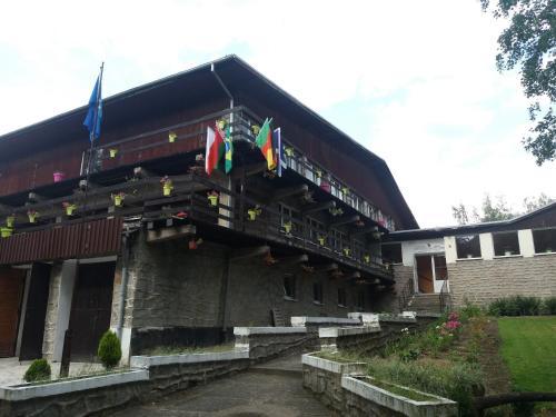 Dom Rekolekcyjny im. abp Wladyslawa Farona, Złotoryja