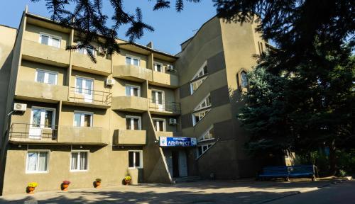 "гостиница ""Альпинист"", Chegemskiy rayon"