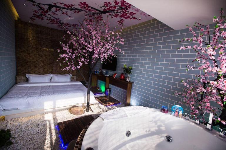 Love Romantic Scene Hotel, Luoyang