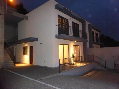 MONROE HOUSE Faja da Ovelha, Calheta