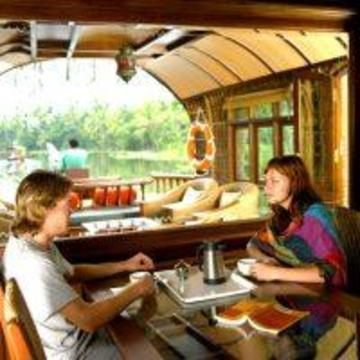 Hotel Lakes And Lagoons, Alappuzha