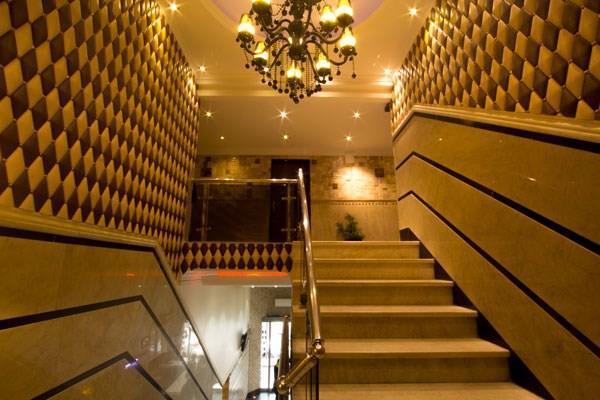 Markazi Tehran Hotel, Theran