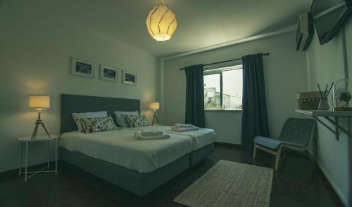 Room Sagres - Pine House! FaroAirport,Beach&City, Faro