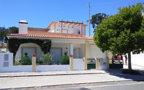 Villa Sotam, Caldas da Rainha
