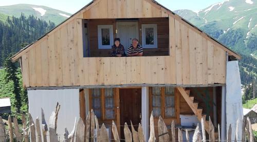 cottage at bakhmaro, Chokhatauri