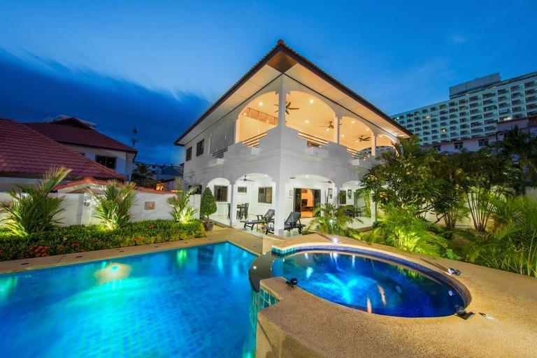 RoyalPark villas (Pet-friendly), Muang Mae Hong Son
