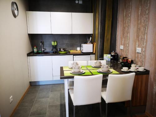 Уютные апартаменты на Смолина 63, Ulan-Ude