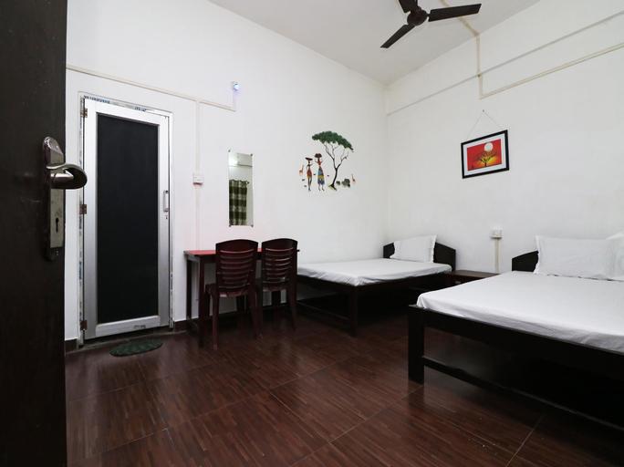 SPOT ON 41379 R B Regency, Lakhimpur