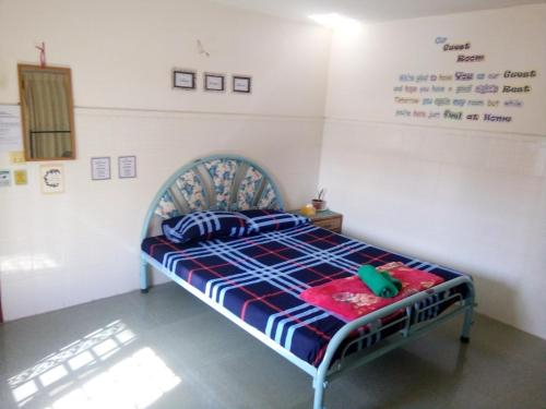 Comfy and Cheap Place to Stay @ Russian Market, Mean Chey