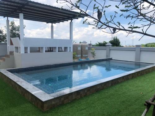 Pattaya private luxury pool villa invincible enjoyment, Bang Lamung