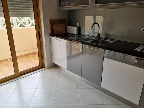 Sao Rafael Beach 300 m - Vila Rosal house, Albufeira