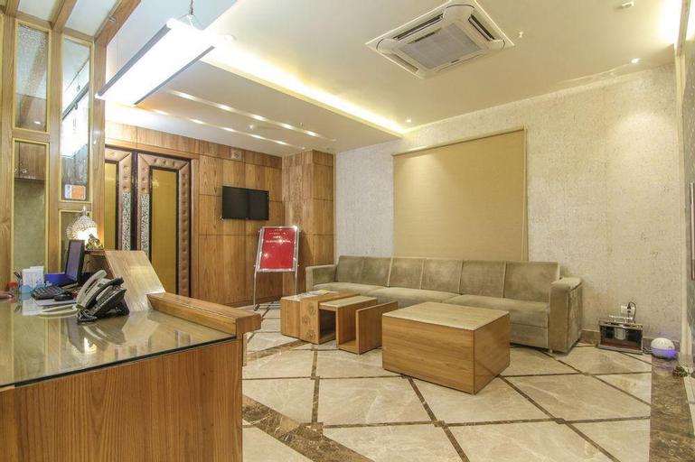 OYO 9319 Hotel Gurveer Royale, Lucknow