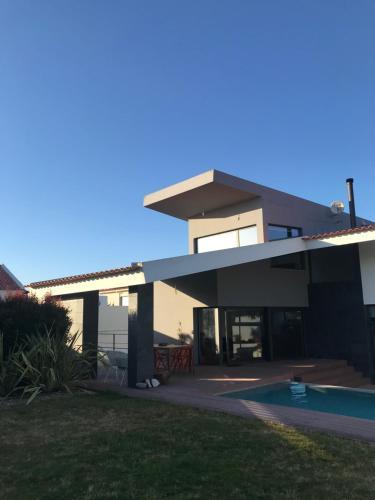 Aiana Pool House, Sesimbra