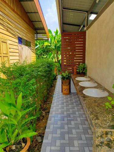 Tung Luang Homestay, Khiri Mat