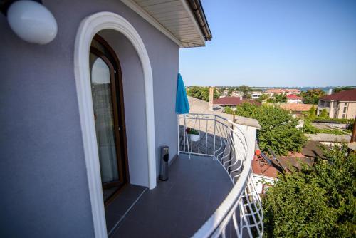 Vila Onasis, Agigea