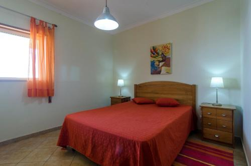 Calm Area Apartment, Pool & BBQ, Portimão