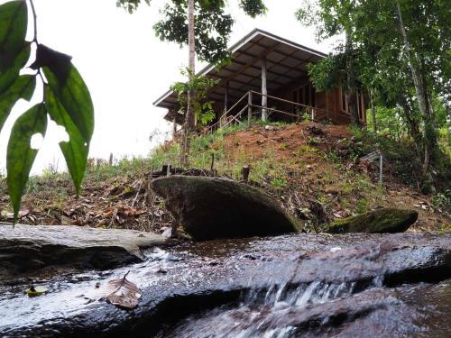 Chakerpor Country Home, Mae Wang