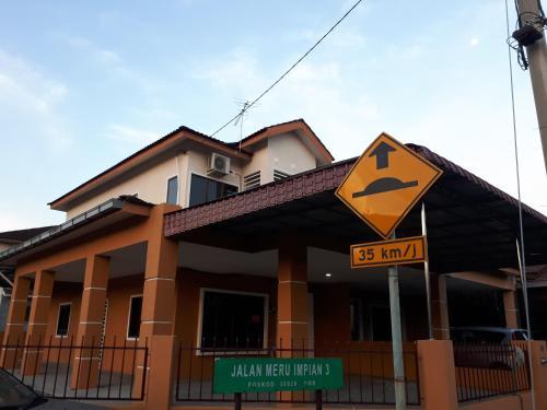 Meru Raya Muslim Impian Homestay, Kinta