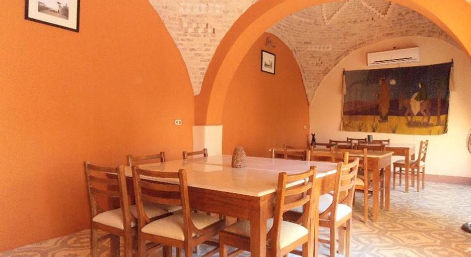 Desert Paradise Lodge, Unorganized in Qina