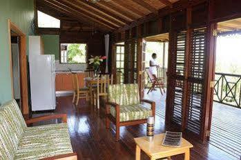 Naniki Cottages,
