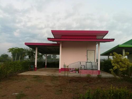 Lacky Resort, Wang Nam Yen