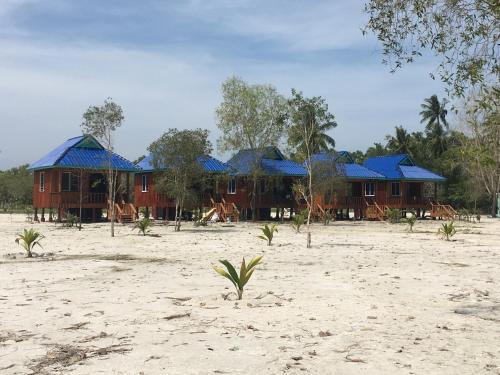 Koh Rong Sweet Resort, Botum Sakor
