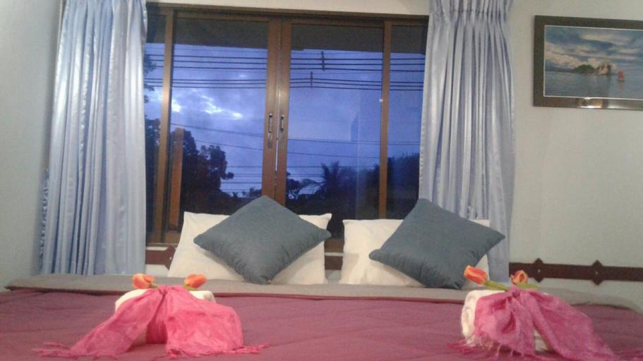 Khao Lak Traveller Lodge, Takua Pa
