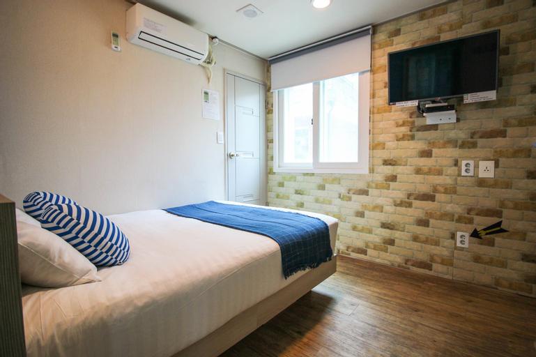 Dongdaemun Hwashin Hostel, Jung