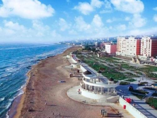 У моря квартира, Derbent